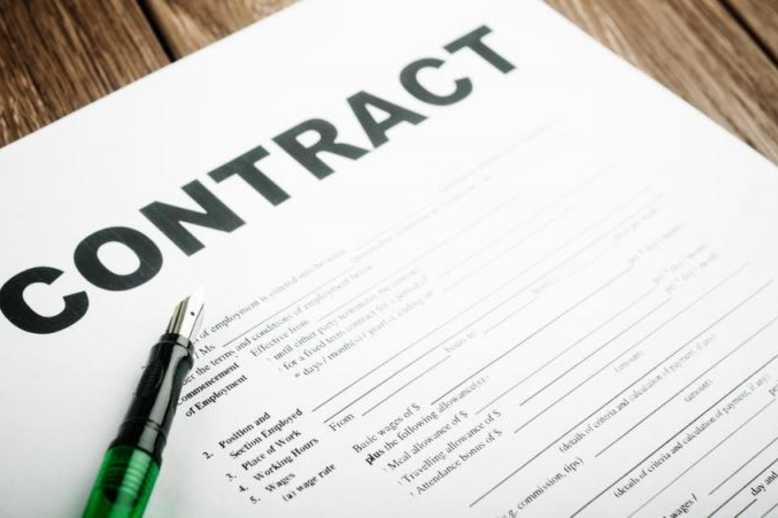 building contracts in Italy